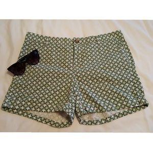 BANANA REPUBLIC Women's Shorts--NWOT